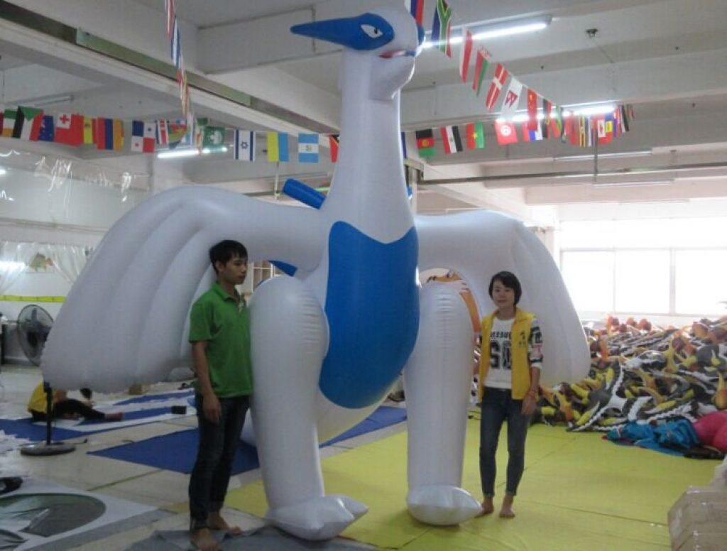 giant-inflatable-lugia-2