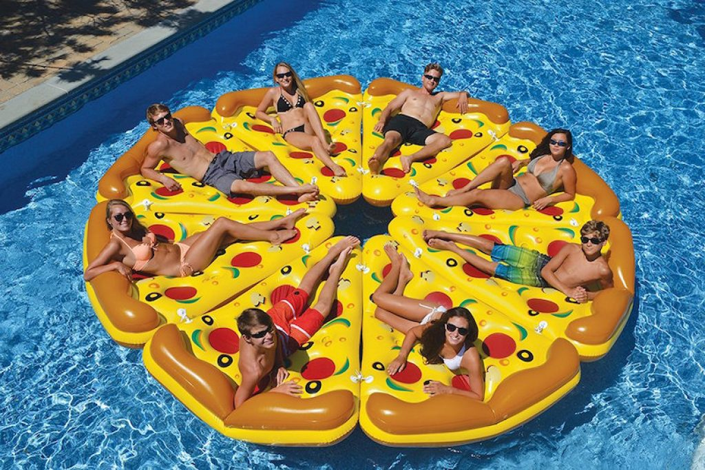 giant-inflatable-pizza-slice