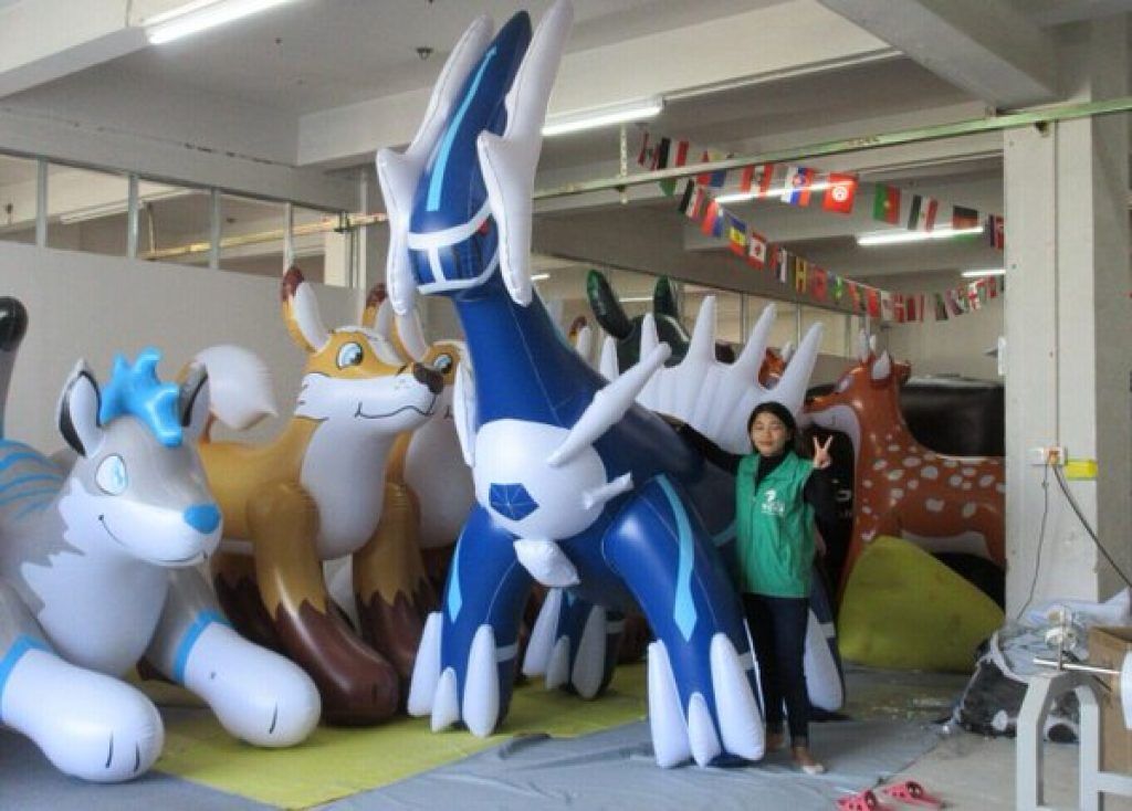 giant-inflatable-pokemon