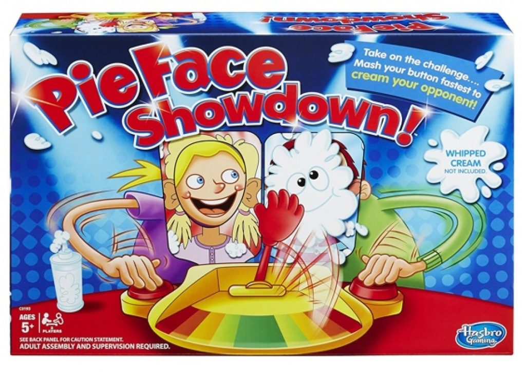 pie-face-showdown-family-game-2