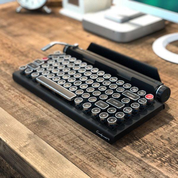 Mechanical Typewriter Keyboard