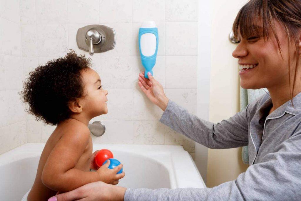 squeezi bathroom soap dispenser